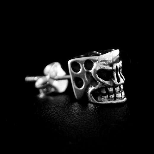 Würfel Ohrstecker mit Skull Gesicht aus Silber