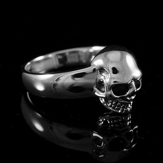 Kleiner zierlicher Biker Schmuck Totenkopf Ring