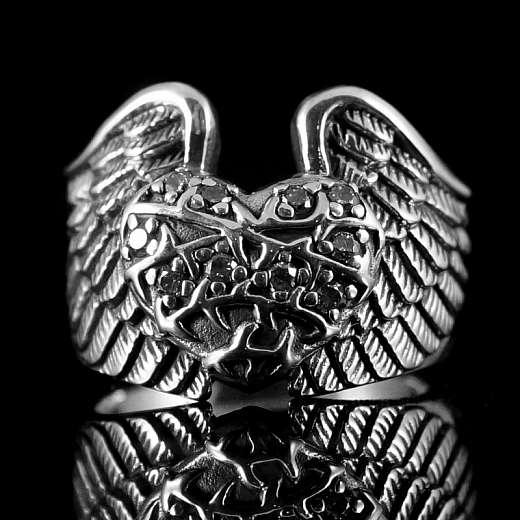 Biker Ring mit Herz und Zirkonia Steinen 925er Sterlingsilber
