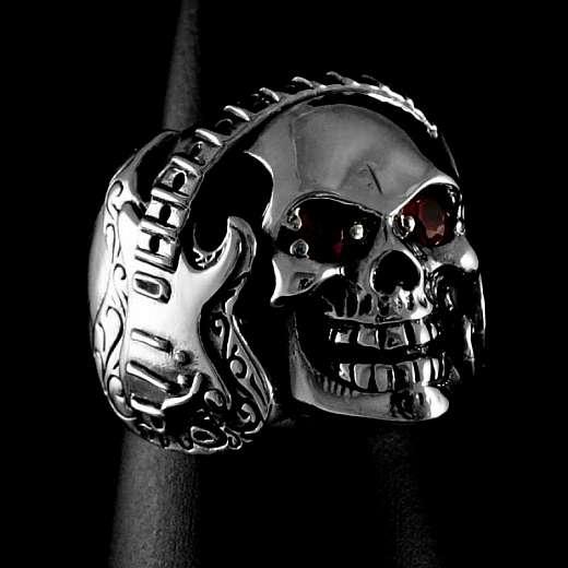 Totenkopf Ring mit Gitarre und Notenschlüssel