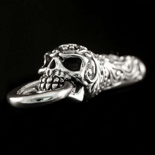 Anhänger Skull als Trillerpfeife