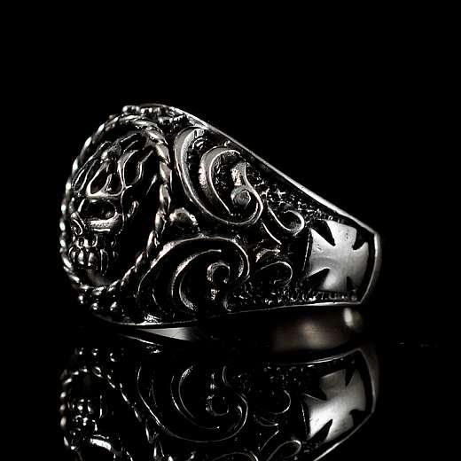 Bikerschmuck Totenkopfring aus Silber