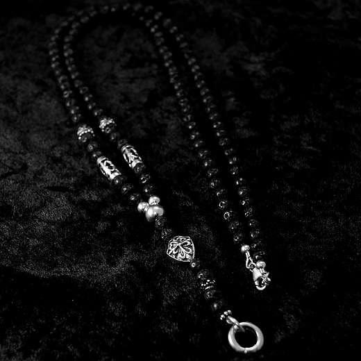 Biker Schmuck, Kugelkette aus Lava mit Lilie und Templerkreuz