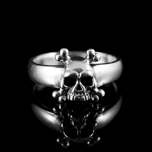 Rockerschmuck Totenkopf Ring mit Knochen aus Silber