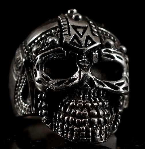 Totenkopfring mit Wikinger Helm