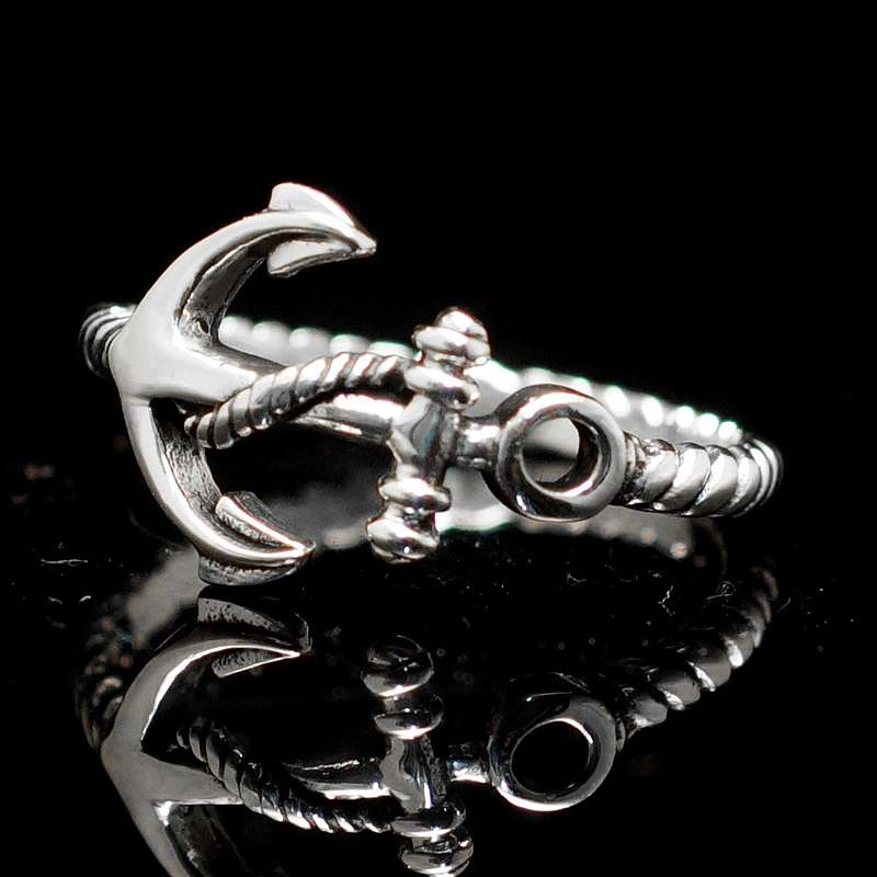 Anker Ring mit Kordel