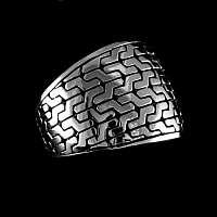 Massiver Ring aus Silber mit Reifenprofil Muster