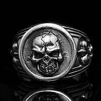 Totenkopf Ring Königslilie aus Sterlingsilber