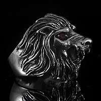 Löwenring mit roten Zirkonia Steinen aus Sterlingsilber