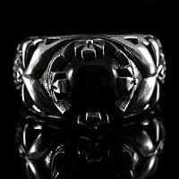 Totenkopf Ring mit Krone und Onyx