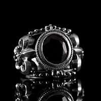 Lilien Ring aus 925er Silber mit schönem Zirkonia Stein