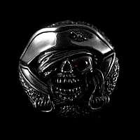 Schraubniete Pirat mit Schwertern und Schmuckstein