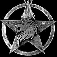 Anhänger aus 935er Silber mit Stern und Löwe