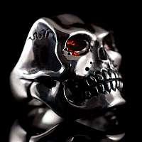 Totenkopfring aus massiv 935er Silber in den Augen mit Granaten