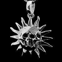 Anhänger mit Sonne Totenkopf aus Silber