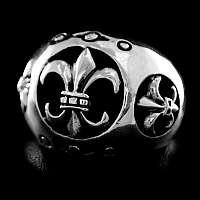 Ring mit Fleur de Lis aus Silber