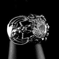 Fledermaus Gothic Ring mit Zirkonia