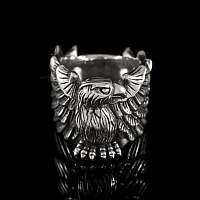 Ring mit Adler aus Silber