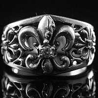 Fleur de Lis Ring mit Templerkreuz, Bikerschmuck