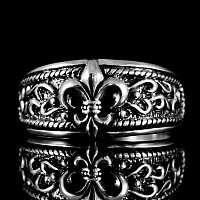 Ring Fleur de Lis mit Ornamenten