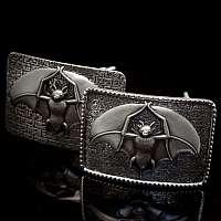 Gürtelschnallen aus Silber mit Fledermaus