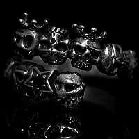 Offener Totenkopf Ring Skulls und Sterne