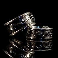 Ring mit Anker, Herz und Schiff aus Silber