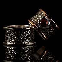 Ring aus Rotgold, Silber, mit Turmalin und Diamant