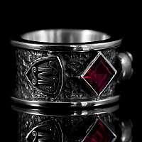 Totenkopf Eheringe mit Lilie und Wappen